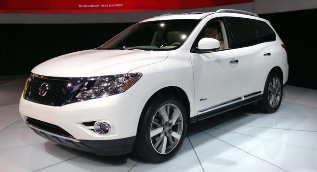 Nissan Pathfinder станет кроссовером — но зато вместительным